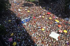 Crowds at Cordao de Bola Preta