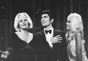 Peggy Lee and Nancy Sinatra on the Ed Sullivan Show