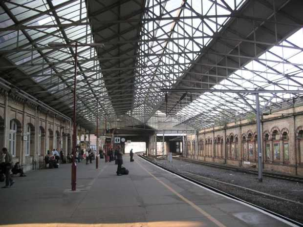 Crewe_station_platform12