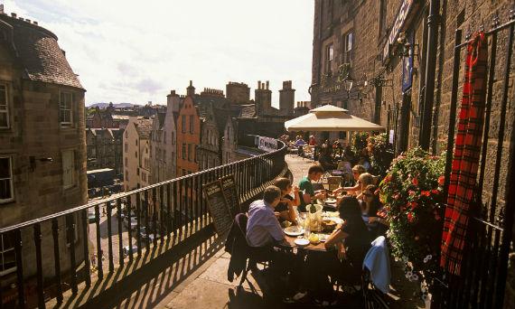 al-fresco-dining-victoria-street-edinburgh