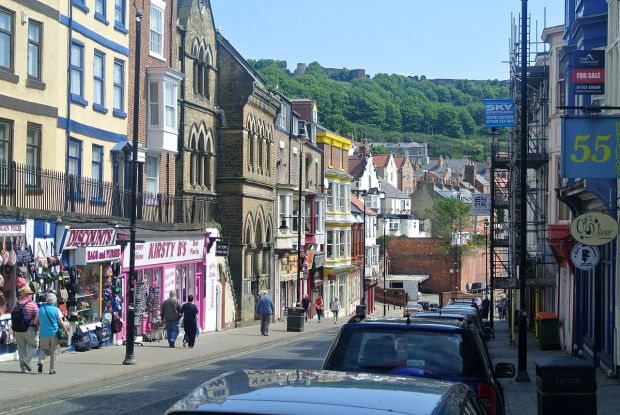 Merchants_Street,_Scarborough_061615