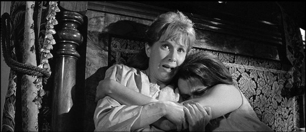 Haunting Julie Harris Claire Bloom