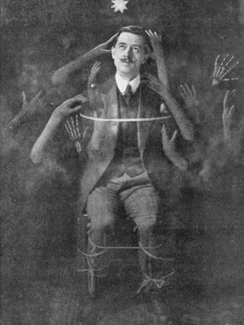 vintage-victorian-spiritualist-photo